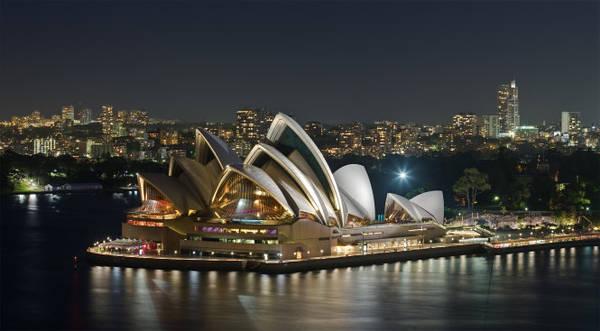 Nhà hát Opera Sydney là một trong 10 kiệt tác kiến trúc tiêu biểu nhất của thế kỷ 20 - Ảnh: wiki