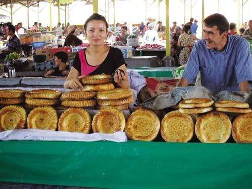 Tiệm bán bánh mì ở Khiva