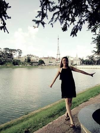 """Hồ Xuân Hương nằm ở trung tâm thành phố, được mệnh danh là """"Trái tim của Đà Lạt"""". Đây là hồ nhân tạo với diện tích khoảng 32 ha, nằm ở độ cao 1.478 m so với mực nước biển. Ảnh: Facebook Tieumy."""