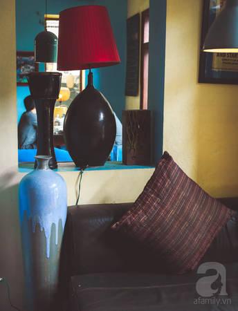 Những góc ngồi êm ái, tĩnh lặng, nhuốm màu thời gian được khá nhiều người ưa thích khi tới Puku.