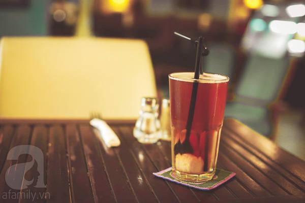 Menu đồ uống đơn giản, giá cũng khá mềm.