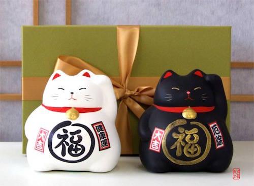 Món quà được nhiều du khách chọn mua khi đi du lịch Nhật Bản. Ảnh: Gifts of the orient.
