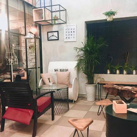 4-quan-cafe-cuc-chat-de-ban-tha-ho-dien-sau-tai-da-nang-ivivu-8