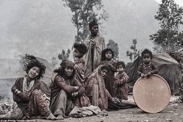 Bộ tộc du mục luôn luôn di cư mỗi khi có người chết ở Nepal