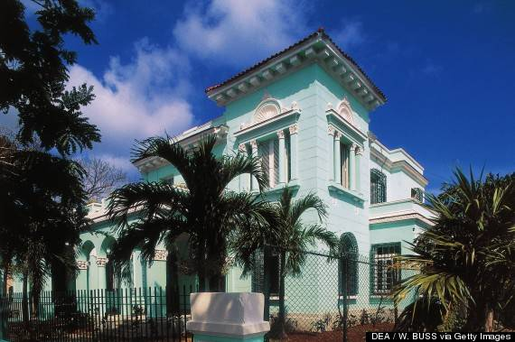 Neo-colonial style building in Miramar district