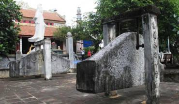 doc-dao-khanh-da-co-tren-nui-oc-son-ivivu-1
