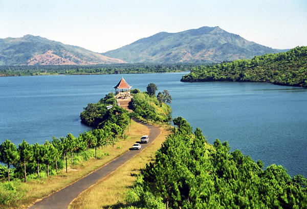 Biển hồ Gia Lai, đôi mắt Pleiku.