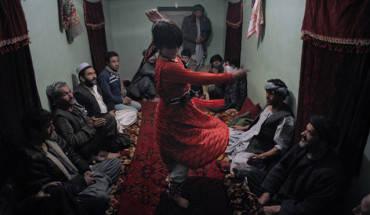 su-that-tan-nhan-ve-nghe-trai-nhay-tai-afghanistan-ivivu-8