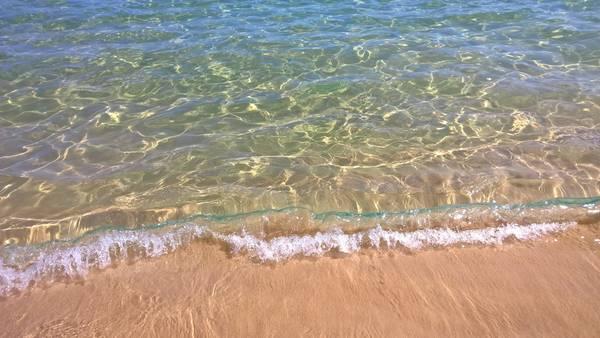Cận cảnh biển Mũi Dinh đẹp không tỳ vết. Ảnh: Tiểu Duy