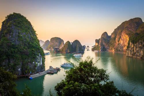Loại hình du lịch bằng du thuyền ngày càng được ưa chuộng tại Việt Nam. Ảnh: Lonelyplanet.