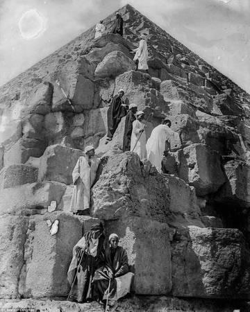 Những chuyến đi, những cuộc khai quật, tìm kiếm ở Ai Cập của người châu Âu là nguồn cảm hứng, nảy sinh ý tưởng cho các bộ phim như loạt phim Indiana Jones và Xác ướp Ai Cập. Ảnh: Library of Congress.