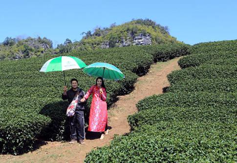 Anh Dương và vợ