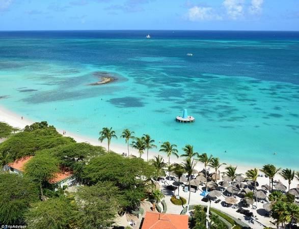 3. Bãi biển Eagle, Aruba, Caribbean như tranh với bờ cát trắng tinh và nước biển màu ngọc lam tuyệt đẹp - Ảnh: TripAdvisor
