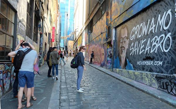 Melbourne (Australia) là một trong những thành phố nổi tiếng thế giới về nghệ thuật đường phố. Cách tốt nhất để bạn thưởng thức tài năng của các nghệ sĩ là lang thang trong những con ngõ nhỏ.
