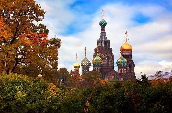 Hay nhà thờ Chúa Cứu thế có kiến trúc giống nhà thờ ở trung tâm Moscow trên Quảng trường đỏ.