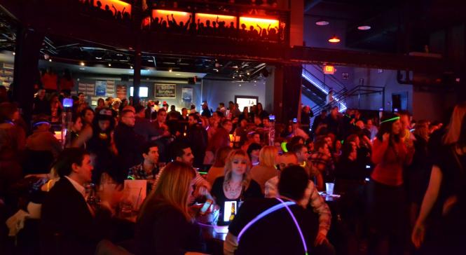Quán bar là nơi lý tưởng nếu du khách muốn có một đêm say sưa cùng âm nhạc - Ảnh: The Travefy Blog