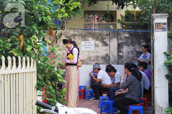 7-quan-an-ngon-co-tieng-nhung-den-mua-phai-nho-ki-cau-khong-voi-duoc-dau-o-sai-gon-ivivu-22