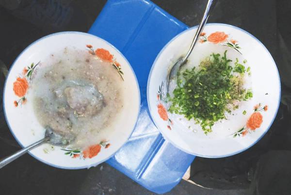 8-quan-an-nhin-tuenh-toang-nhung-ai-thu-mot-lan-cung-gat-gu-dang-dong-tien-bat-gao-ivivu-12