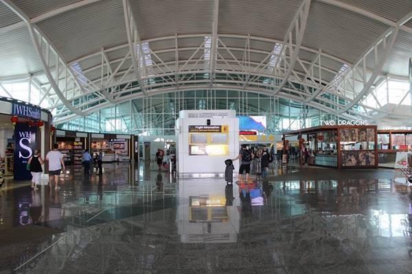 Sân bay Bali.