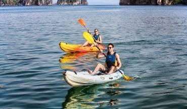 quang-ninh-dung-dich-vu-cheo-kayak-tren-vinh-ha-long-ivivu-1