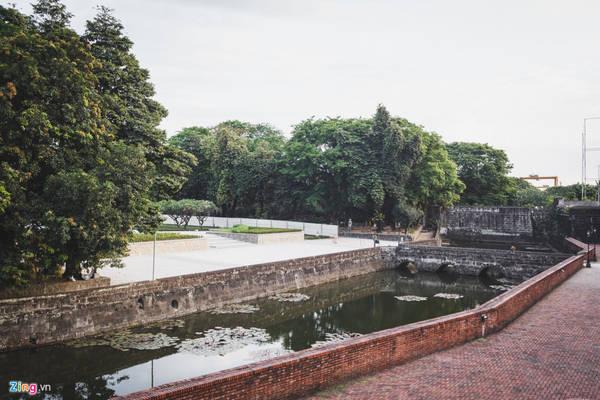 Vé tham quan pháo đài là 150 peso Philippines/người (gần 70.000 đồng).