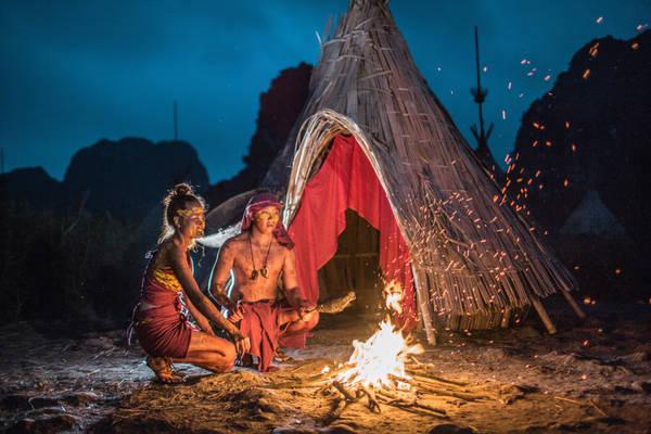 Nhưng rồi bằng tình yêu chân thành, cả hai đã thuyết phục được hai bộ tộc chung sống hòa bình và chung tay bảo vệ hòn đảo. Đám cưới của đôi uyên ương sẽ được diễn ra vào 27/6.