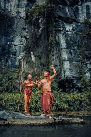 Diễn tả cuộc sống của những thổ dân cổ xưa.