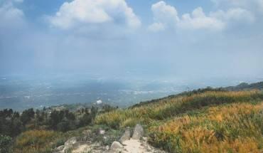 cuoi-tuan-ru-nhau-trekking-ngam-canh-dong-co-lau-vang-o-Dong-Nai-ivivu-11
