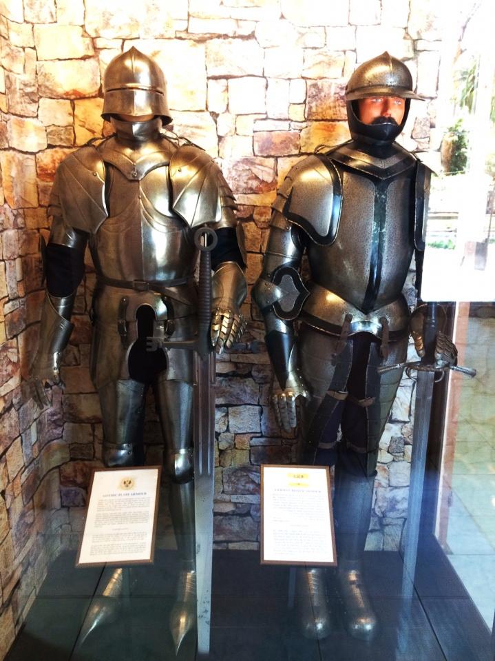 Bộ áo giáp sắt được thiết kế rất tinh xảo, linh động trong việc di chuyển và giúp bảo vệ binh lính trong những cuộc chiến.