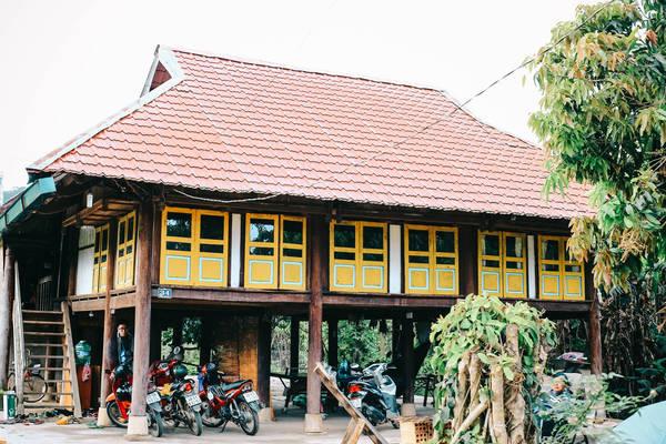 Nhà Sàn Homestay.