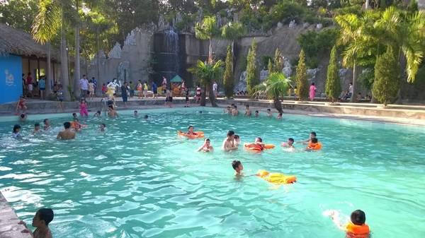 Nước khoáng nóng Thanh Thuỷ điểm đến thu hút đối với nhiều du khách thập phương khi đến với Phú Thọ. Ảnh: I.T