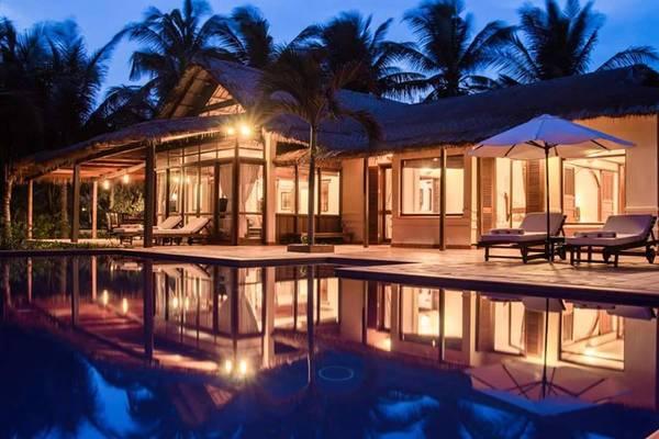 Khách sạn được thiết kế theo hướng không gian mở, đậm hơi thở gió của biển cùng những chiếc võng ru êm xua tan mọi căng thẳng. Ảnh: victoriahotels