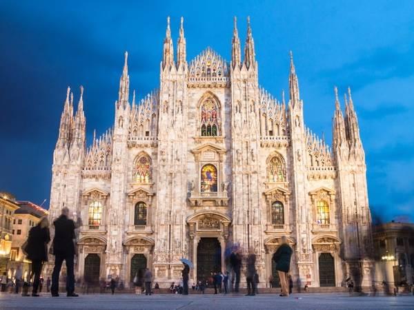 Nhà thờ Duomo di Milano tại Milan, Italy xếp thứ 10 trong danh sách và được du khách đánh giá 4,5 sao.