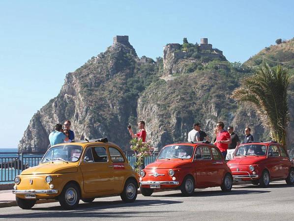 Nhờ những cảnh quay trong bộ phim huyền thoại, Sicily trở thành thỏi nam châm thu hút du khách từ khắp nơi trên thế giới đổ về. Ảnh: James Dunn/Daily Mail.