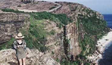 Không thể bỏ qua khoảnh khắc tuyệt đẹp khi đứng trên đỉnh Thới Lới - Ảnh: Jin Juin