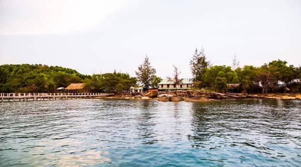 hon-dam-island-hideaway-phu-quoc-ivivu-12