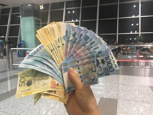 Đổi trước tiền mặt ở Việt Nam với tỉ giá 460 VND/Peso