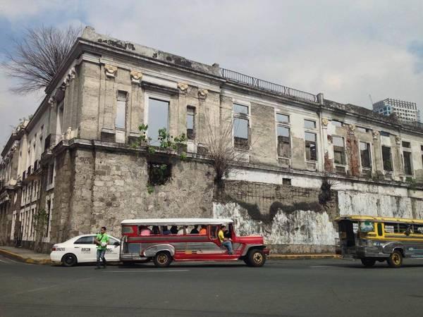 Một góc thành cổ Tây Ban Nha ở Manila.