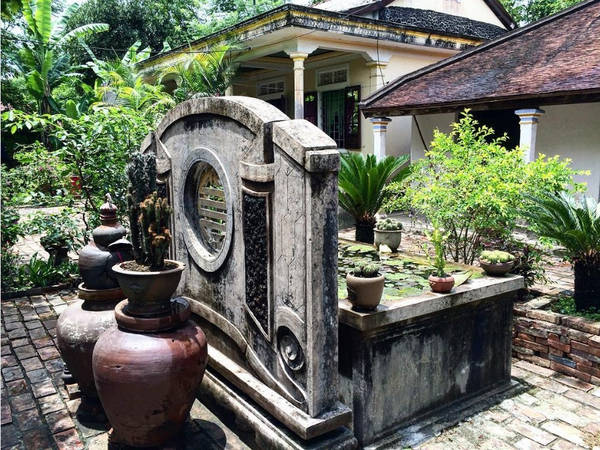 Ngôi làng nổi tiếng với nghề làm gốm từ xa xưa, không còn hoạt động trong nhiều năm nay nhưng những di sản vật thể vẫn được lưu giữ tại Phước Tích. Ảnh: Tramnguyen1919/Instagram.