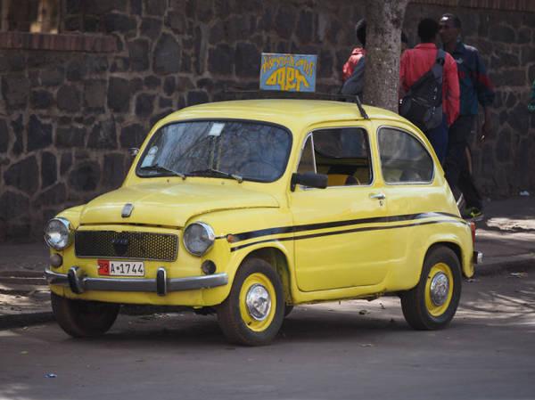 Nhiều xe taxi ở Eritrea là Fiat´s cũ  Có gì tại đất nước khó xin visa nhất thế giới o quoc gia kho xin thi thuc nhat the gioi co gi ivivu 16