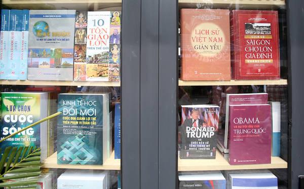 Các sách mới của từng nhà xuất bản được cập nhật thường xuyên.