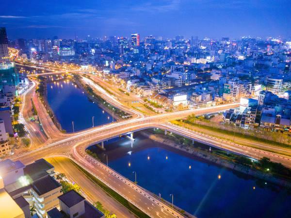 Sài Gòn chạng vạng - Ảnh: Minh Hòa