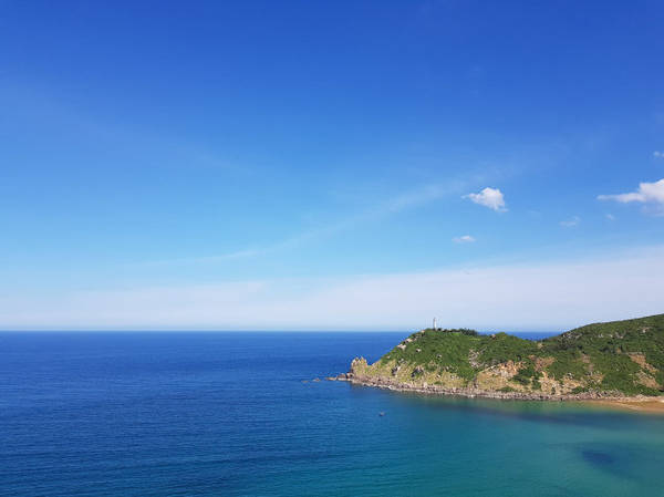Hải đăng cực Đông (Đại Lãnh) - Ảnh: Đăng Tuấn