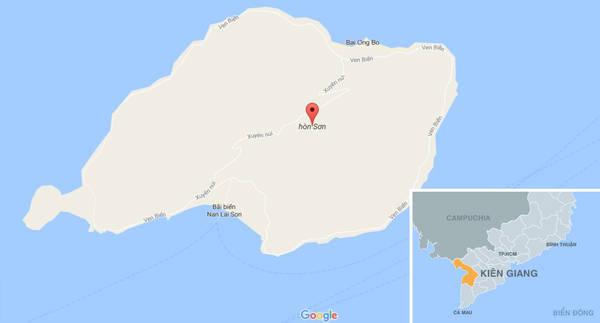 Hòn Sơn giữa Hòn Tre và quần đảo Nam Du, có diện tích 11,5 km2, cách thành phố Rạch Giá khoảng 65 km về phía tây.
