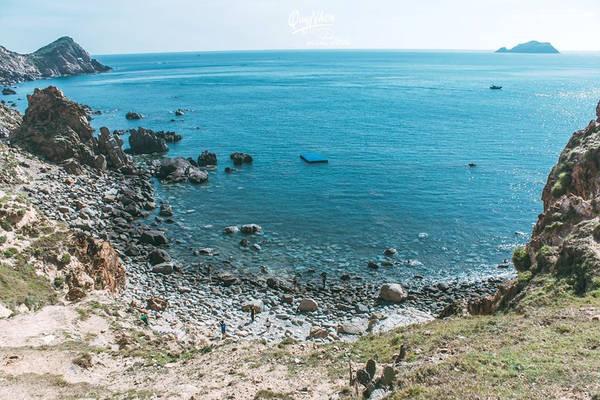 Chuyến đi của tôi vào 2 ngày cuối tuần nên chỉ tới được mộ Hàn Mặc Tử - trại Phong, Eo Gió, Hòn Khô. Thật đáng tiếc khi chưa đến được Trung Lương với Kỳ Co.