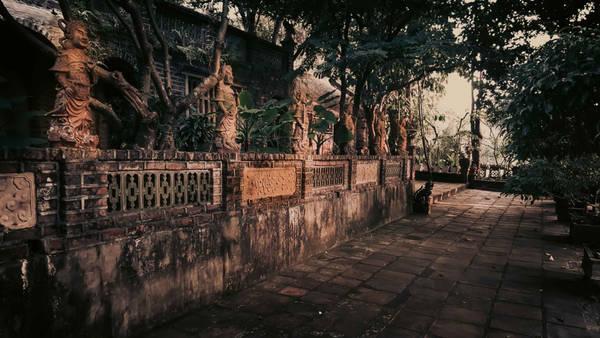 Kể từ khi Việt phủ Thành Chương hoàn thành những công trình đầu tiên, hàng năm nơi đây đã đón rất nhiều du khách trong và ngoài nước đến tham quan.