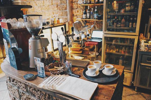 5-quan-cafe-rat-xinh-ma-view-tuyet-dep-nhat-dinh-nen-ghe-khi-den-sa-pa-ivivu-3