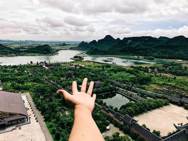 Toàn cảnh chùa Bái Đính nhìn từ trên cao.