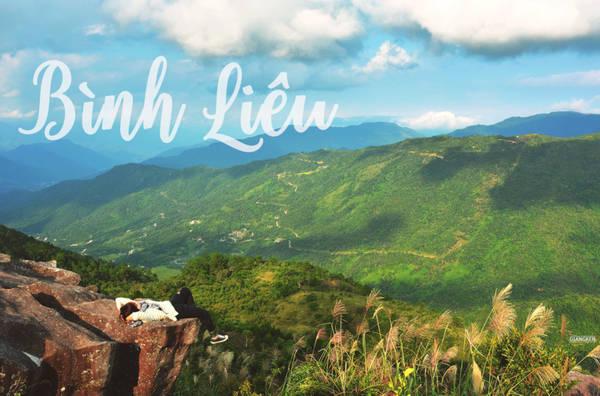 """Bình Liêu là một huyện biên giới vùng cao của Quảng Ninh, cách TP Hạ Long hơn 100 km về phía đông bắc. Mệnh danh là """"Sa Pa của Quảng Ninh"""", """"Sa Pa vùng Đông Bắc"""", điểm đến này đang ngày càng được biết đến nhiều hơn trong cộng đồng xê dịch."""