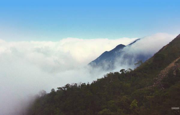 """Cao Ly cũng là điểm săn mây được """"thổ địa"""" rỉ tai nhau. Nếu may mắn bạn cũng có thể gặp biển mây tại đây vào những ngày trời đẹp."""
